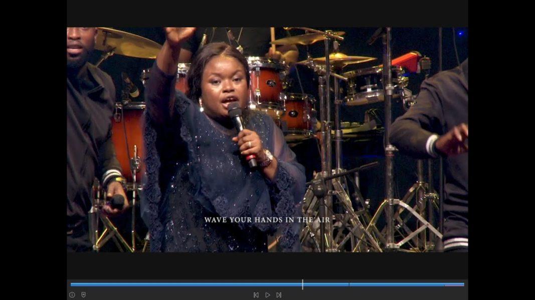 Rhose Avwomakpa – Mighty God (Live)